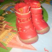 Зимние ботиночки 21 размер, стелька примерно 12 см, УП 10 грн