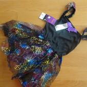 Нарядное платье летучая мышь. По бирке на 3-4 года, маломерит. УП 10 грн.