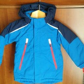Фирменная зимняя термокурточка Н&М 104-110р на мальчика. Отличное состояние!