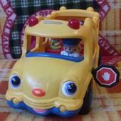 Школьный автобус Fisher price с человечками