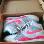 Кросівки Nike Air р. 41-42 оригінал уст. 27 см