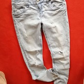 Стильные женские джинсы рваные Forever 21 40 в очень хорошем состоянии