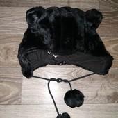 Теплая, веселая шапочка мишка! Плотный мех, можно и на улицу и для новогоднего костюма!6-15лет! Идеа