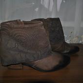 Красивые кожанные ботиночки бренда Biba,р 40 ст 25.5 см,отл.состояние