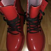 Модные резиновые ботинки- р. 36,37