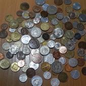 Гора заграничных монет! Все разные. (без повторов!) 102 шт. Одним лотом!