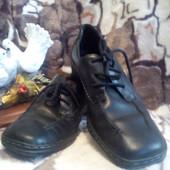 Туфли школьние для девочки,кож-зам