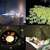 Флуоресцентные звезды,светящиеся в темноте!Лот-10 шт. !5 цветов! !Есть бабочки,луны,звёзды больше...