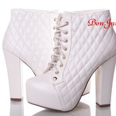 Изумительные белоснежные ботиночки, размер 39,40, новые
