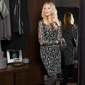 ☘ Изящное женственное платье с черно-белым принтом от Tchibo(Германия), размер наш: 42-44 (36 евро)