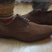 Туфлі із натуральної замші зовні і нат.шкіри всередині 42 рр і устілка 29 см з носиком.