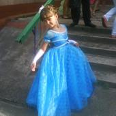 Чудова сукня!