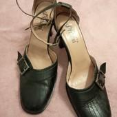 Модные, туфельки Peldini. р. 39