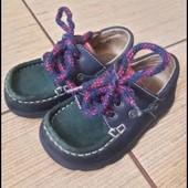 Необычные стильные туфельки унисекс 13,5 см по стельке. Идеальное состояние!