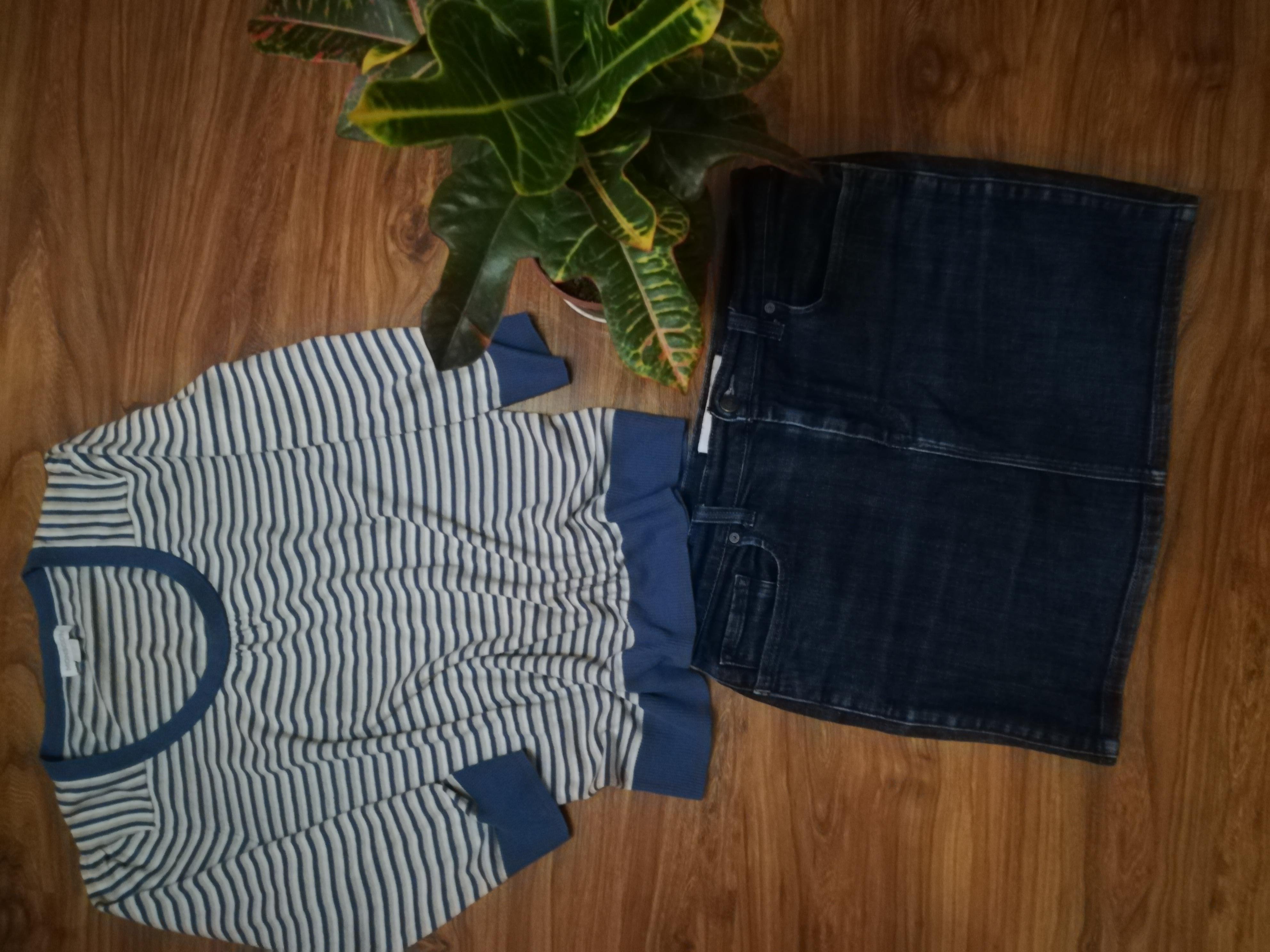 Джинсовая юбочка и трикотажная блузка в одном лоте