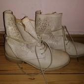 Очаровательные ботиночки 36р