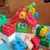 Отличный фирмерный конструктор molto mega blocks. много деталей! сочетается с другими конструкторами
