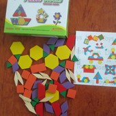 Действительно развивающая игрушка- Деревянная мозаика.