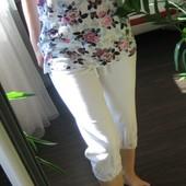 Летний лот! Белые спортивные штаны бриджи S M в очень хорош сост. Подарок маечка. Можна подростку