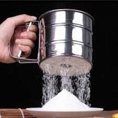 Сито механическое для просеивания муки, сахарной пудры, манки, какао и мелких сыпучих продуктов.