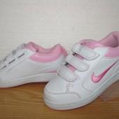 Качественные кроссовки Nike. 34 р. (22-22,7 см.)