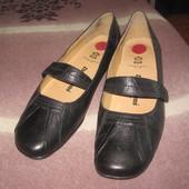 Туфли женские р. 41