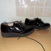 класн взуття