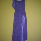 Новое нарядное платье. Размер М 40-42.