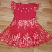 Платье на девочку красное ,нарядное
