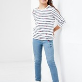 Стильные джинсовые треггинсы с вышивкой от Tchibo(Германия), размеры: 170-176