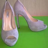 Туфли Prada с открытым носком, новые!