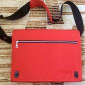 Отличная сумка Ikea Wil красная.
