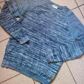 Фирменный √√ трикотвжный тонкий свитерок ,100 х/б,без дефектов.