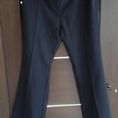 Фирменные новые брюки темно-синего цвета р. 14-16