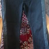 одним лотом продам штаны 46 размера