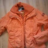 классная спортивная куртка! 48-50р.