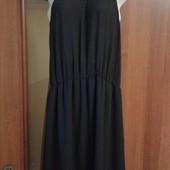 Фирменное шифоновое платье с чокером из бисера в отличном состоянии р. 16-18.