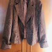 Костюм тройка + блуза в идеале