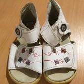 Обувь для мальчик/девочка одни на выбор