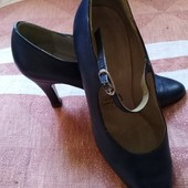 Туфли-лодочки натуральная кожа 39р.
