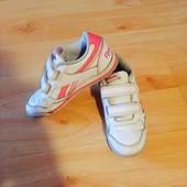 Фирменные кроссовки Reebok 30 размер.(Стелька 18,5 см.)
