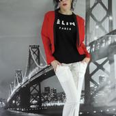Костюм тори. Красный пиджак и брюки молочные. Размер Л-ка. Читаем описание