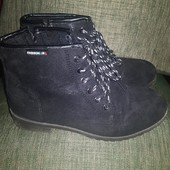 Ботинки Fashion на меху.39 размер