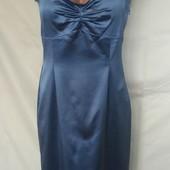 Очень красивое атласное фирменное платье по фигуре,14p(l/xl)