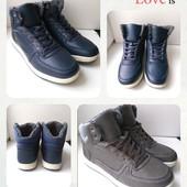 Зимние мужские ботинки, удобные,практичные,на ноге смотрятся супер, размер 40,41,,44,45