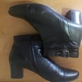 демисезонные кожанные ботинки р.40 ст.265см.