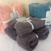 Набор подарочных полотенец/ на выбор победителя