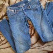 Качественные джинсы скинни нового состояния р.28 + реглан в подарок