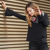 Стильная , оригинальная элегантная блузка из крепа от Tchibo германия размер 48 (евро 42)