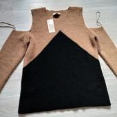 Фирменный новый красивый свитер с открытыми плечами р.16-20